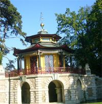 Pavillon Chinois Isle Adam l Le plus beau de France!